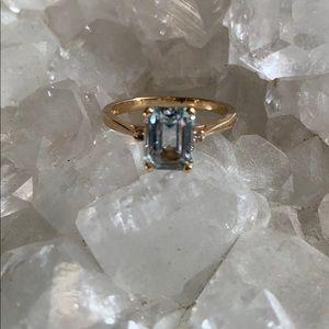 Jewelry - 14k aquamarine Ring
